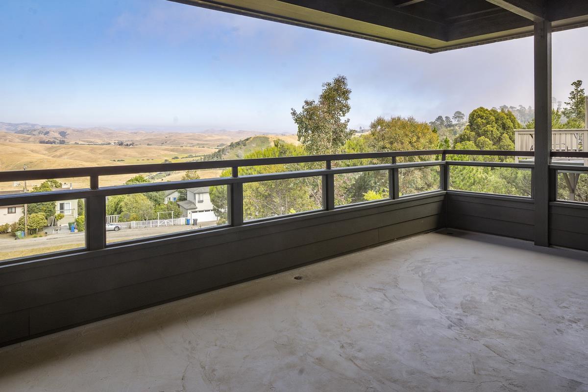 1716 Pineridge Drive Cambria CA 93428