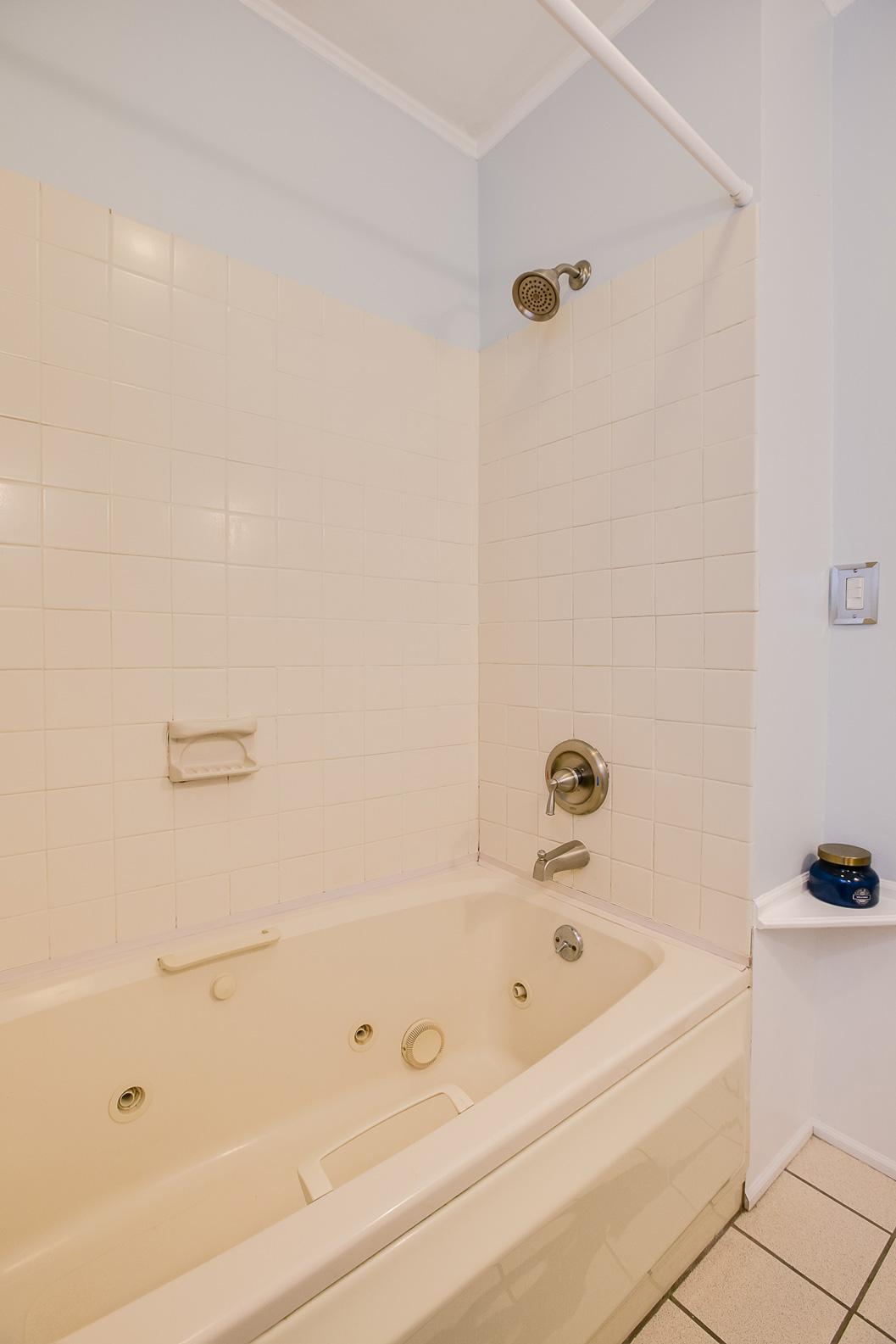 2708 Abbott Avenue N Robbinsdale, MN 55422